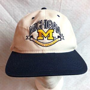 '84 UM SnapBack Trucker hat